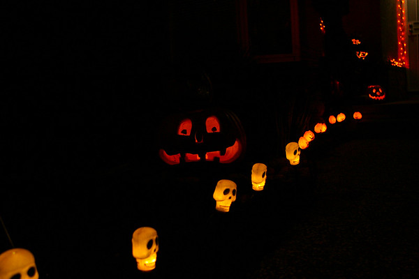(Halloween on our porch)