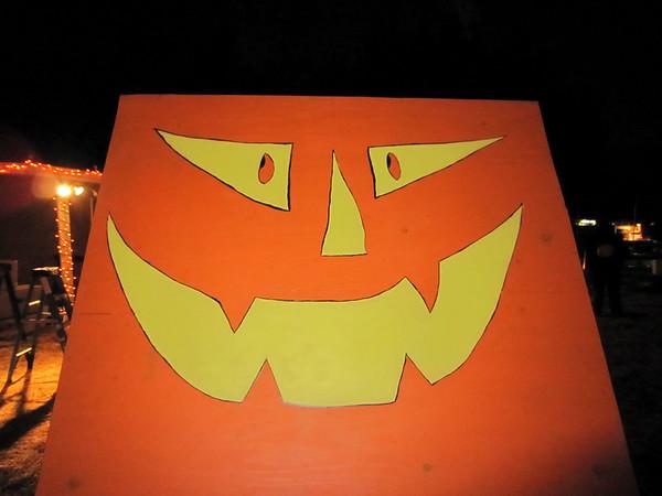 Nail board cover says g'night (Pumpkin Carving Party Prep)