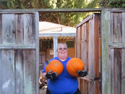 Q4 10-02 Pumpkin Conga Time