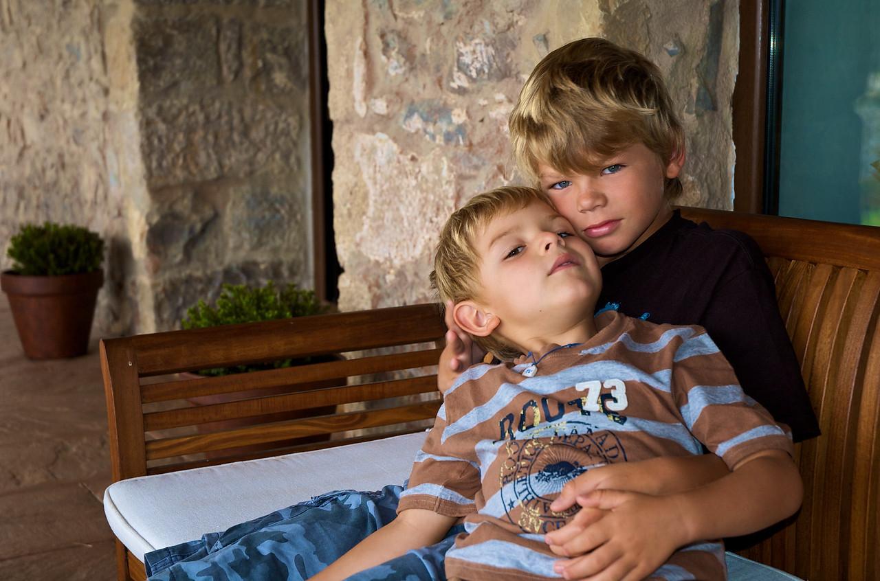 Alfonso y Max.
