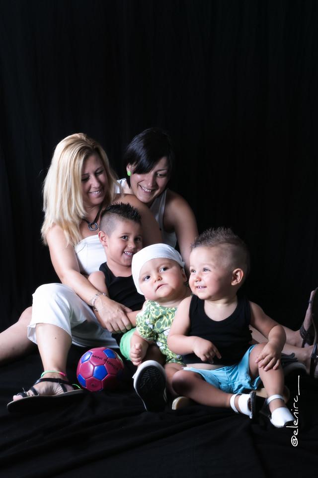 elenircfotografia, fotografo familia, , elena rubio fotografa mollet , familia monoparental,