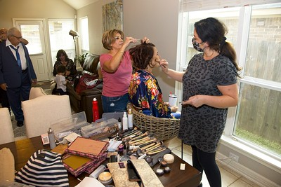 112020_Wedding-172021-GettingReady-0018