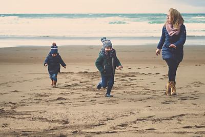 elena, mikel, ibon::: family
