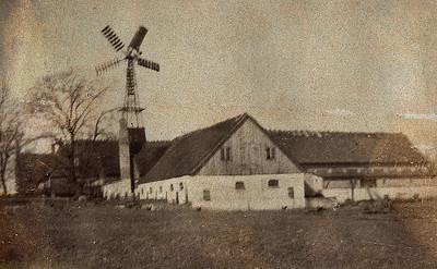 Abildgård, Assendløse med vindmølle.