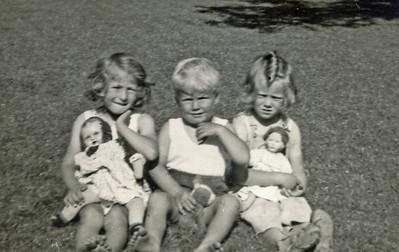 Anne Marie, Jørgen og Birthe.