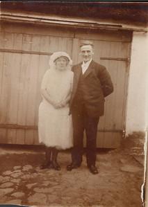Bryllupsbillede - Grethes mor og far - originalt.