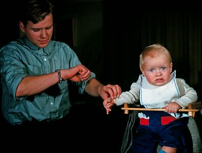 Dr. Hasse tager pulsen på en stresset Morten Renberg.