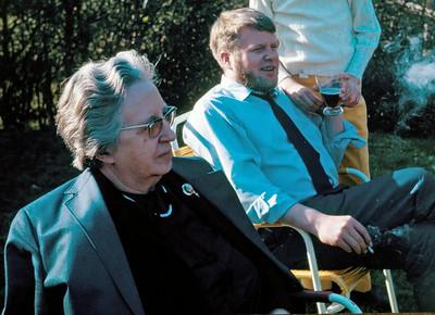 Dagny Holst med søn Hasse.