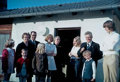 Louise Turner, Kirstine Turner, Lone og Ole Renberg, Katrine Baumgarten, Mette, Mormor Dagny Holst, Mersi, Jens, Kim og Morten Renberg