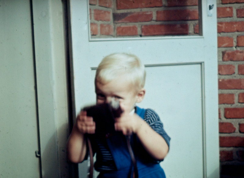 Morten fotograferer igen.