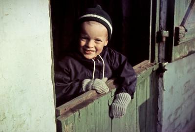 Morten i døråbning.