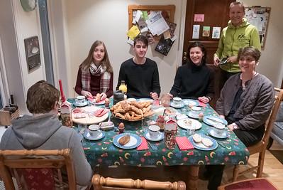 Am Heiligenabend hatten wir Freunde zum Frühstück zu Besuch. Da konnte Bernd zeigen, was er so alles backen kann.
