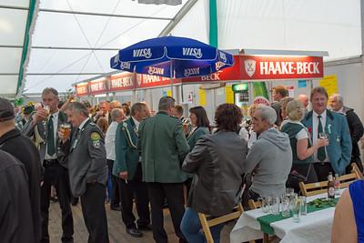 Hat Fahrenhorst eigentlich so viele Einwohner? Nein, aber es ist ja Kreisschützenfest.