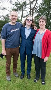 Richard mit den stolzen Eltern.