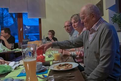 Die Rede von Opa zum Abendessen war wie immer sehr kurz: Guten Appetit!