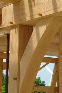Nägel aus Holz, ein Detail aus dem Wohnzimmer.
