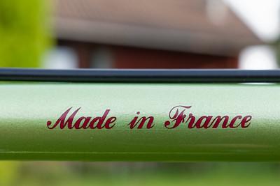 Made in France! Den Satz Aufkleber habe ich in Australien gefunden. Die Farbe ist nicht ganz orginal, aber es sieht trotzdem toll aus!