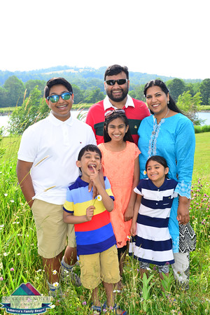 Khan Family201606270047