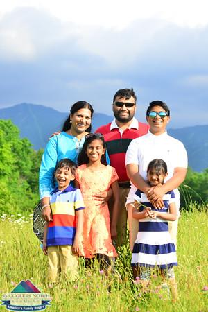 Khan Family201606270055