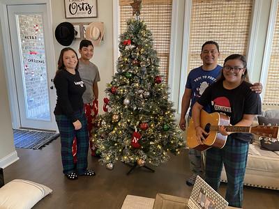 Ortiz Family 12/12/2020