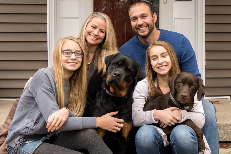 Include pets in your family portraits