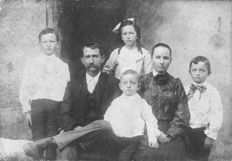 John and Nancy Daniels Brogdon family, circa late 1800s (Assumed to be this family, as it appears to be same persons in photo identified; this appears to be an earlier photograph)