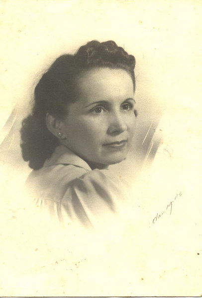 Elma Brown Moore<br /> b Oct 15,1911 d Dec 23,1971<br /> Married Littleton (Lit) Moore<br /> bSep 12, !908 d March 12,1979<br /> Children Bobby D. Moore B 9-02-36 d 11-14-2002<br /> Daughter, Jimmy Franklin Moore<br /> Infant Moore b 7-1-1934 D 7-1-1934<br /> Elma (Brown) Moore was the Grandmother of Cheryl M. Perry and Chuck Moore (Courtesy of Faye Moore)