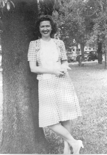 DOT GILBERT 1945 SAVAN