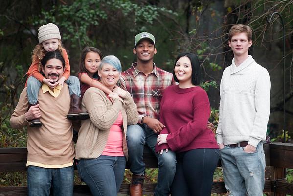 12 29 18 Kyle Shanna family 184
