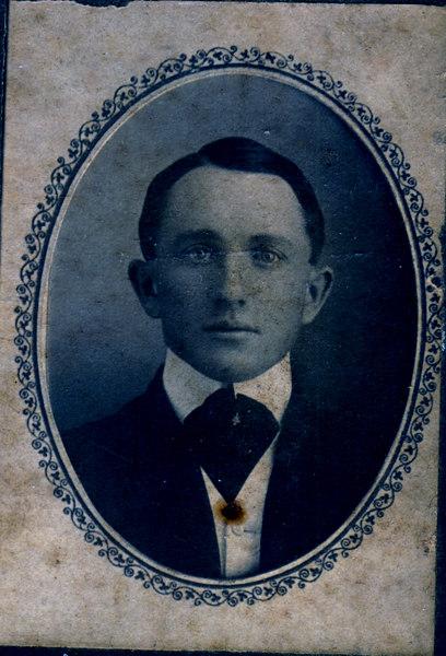 Albert H. Giddens