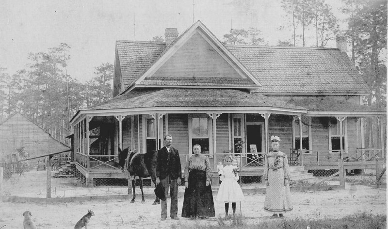 Isom King and family at their homenear Cecil, Georgia.