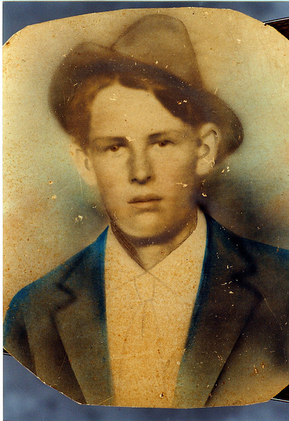 Owen Huckleby McKinnon, b. 12 May 1898, died 24 January 1918, Texas, of pneumonia, complication of 1918 influenza epidemic, son of Reddick Charles and Carrie Ann Jane (Goodman) McKinnon, circa 1915. He entered service on 12 December 1917, and was attached to 225 Aero Squadron, Kelley Field, San Antonio, Texas. He contracted bronchial pneumonia while on duty, which resulted in his death, 23 January 1918.