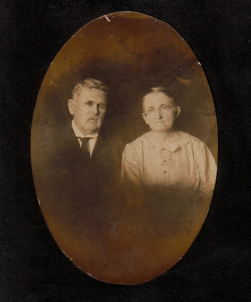 James W. Parrish, born  2 Mar 1847, died 5 Jun 1916, and Christann (Devane) Parrish, born  7 December 1849, died 13 May 1932. (Courtesy of Terry Anderson)