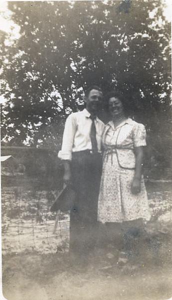 Vester and Vera (Whitley)Rowe, circa 1940