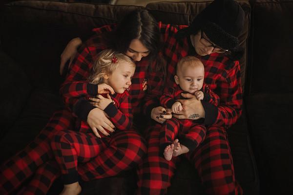 Santos {Family}