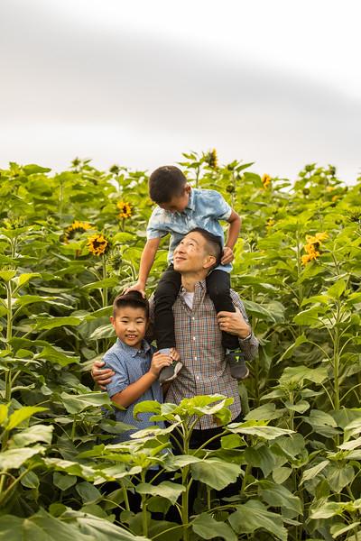 T Tan Family 2020-3289