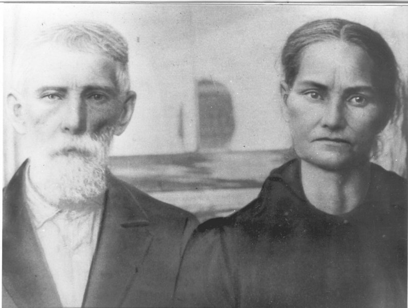 Wiley (Kibbie) Whitley and Mary Barnes Whitley, circa 1925