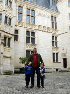 Touriste avec deux enfants...