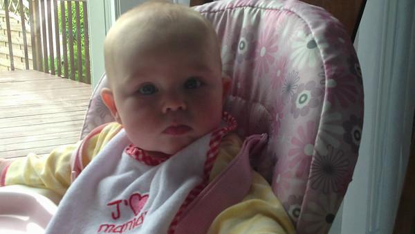 Anabelle 6 mois et Plus