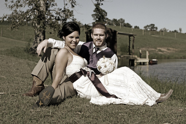 Claire & Kyle's Wedding -      Sneak Peak!
