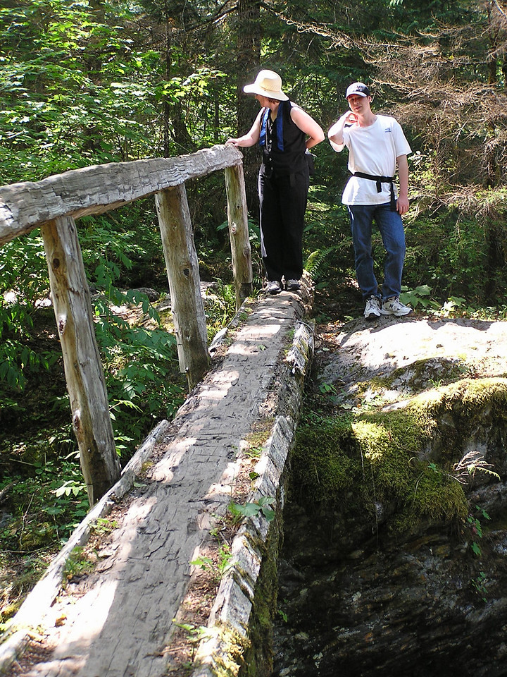04-08-16 Hike to Trout Lake 015