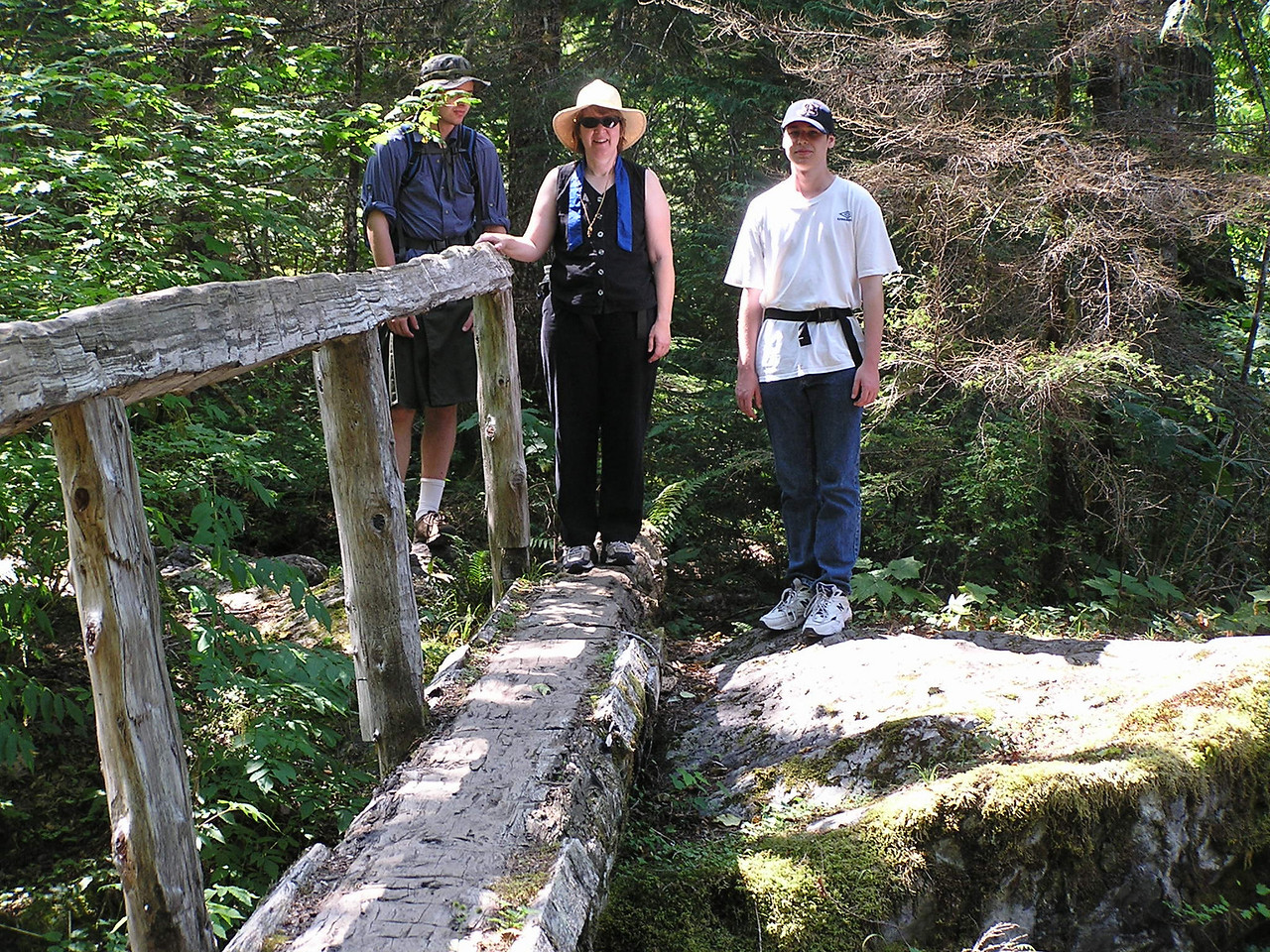 04-08-16 Hike to Trout Lake 014