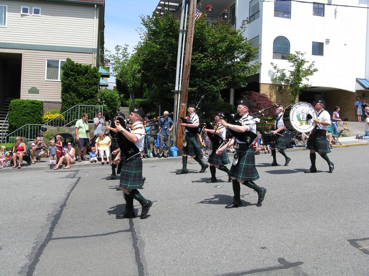 09 07 04 parade 006