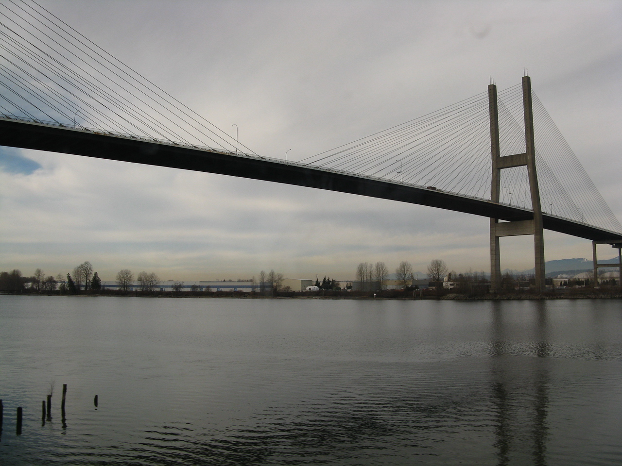 The car bridge across the Fraser River south of Vancouver, BC.