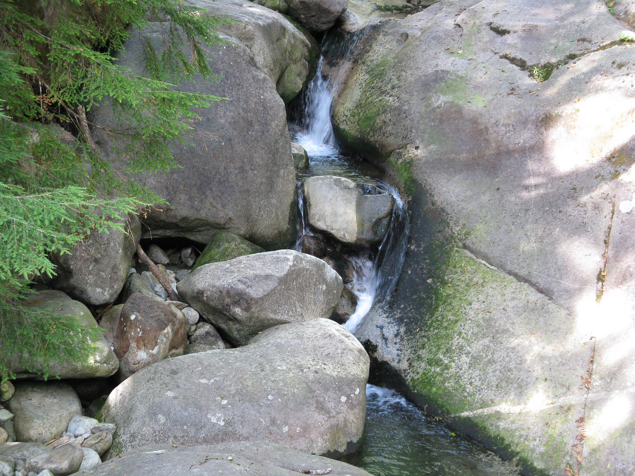 A closer view of the little water falls.