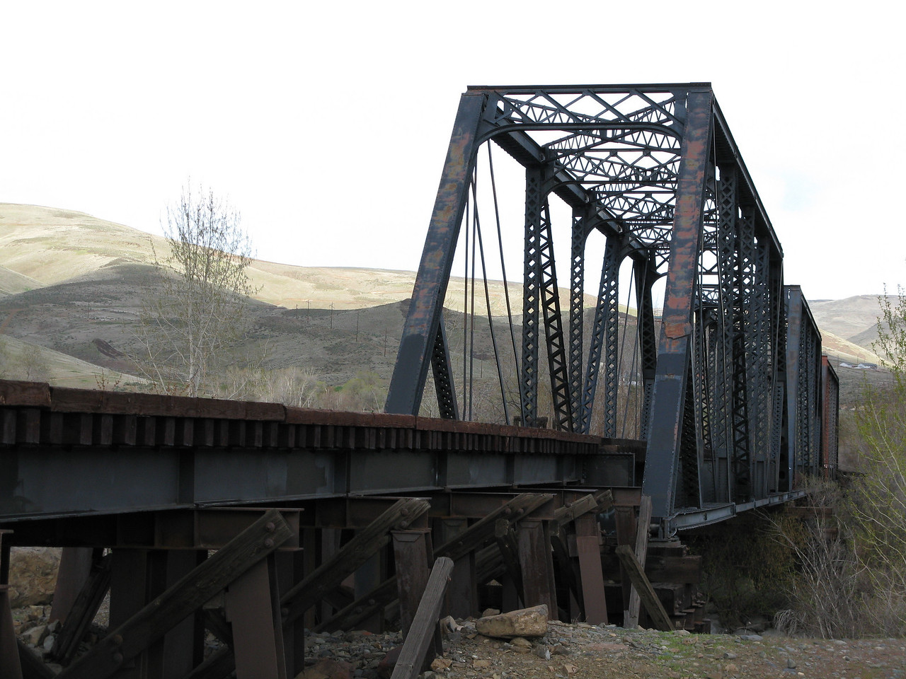 Another view of the railroad bridge.