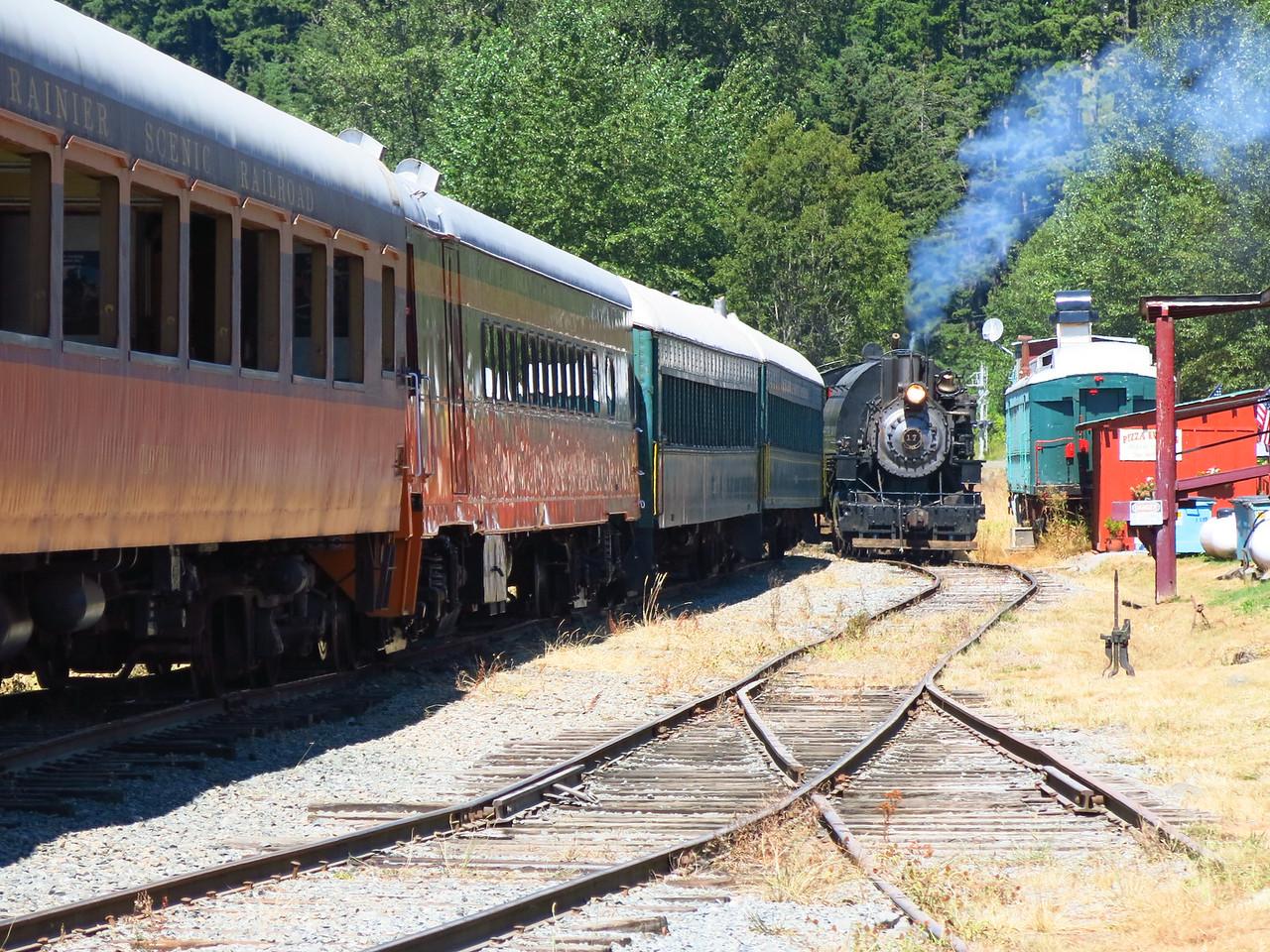 Train and #17 on the run around track
