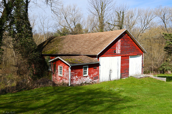 Red Barn at the Maxwell Creek Inn Bed and Breakfast, Sodus, New York