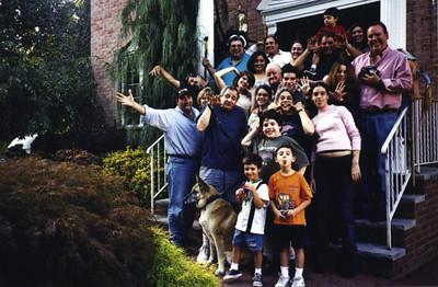 Family Group Shot 04