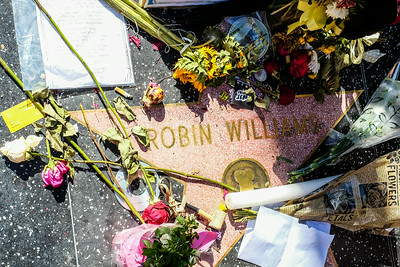 Robin Williams Star on the Hollywood Walk of Stars.